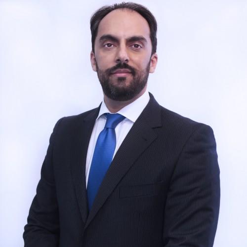 Munesh Melwani - Socio Fundador y director general